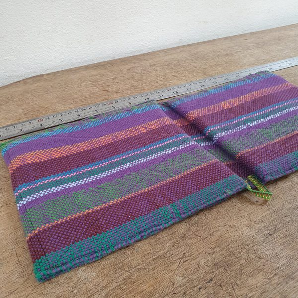 Oven gloves purple striped